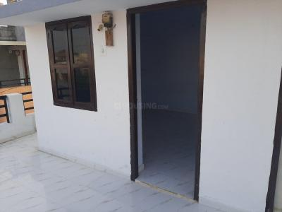 Gallery Cover Image of 700 Sq.ft 1 RK Independent House for rent in Ghatlodiya for 5500
