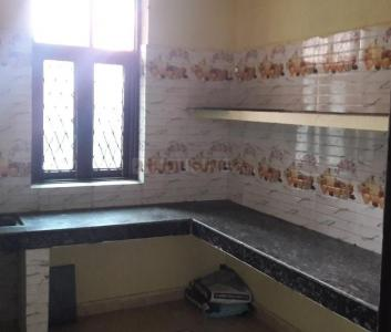 Gallery Cover Image of 520 Sq.ft 1 BHK Apartment for rent in Mukherjee Apartment, Mukherjee Nagar for 11500