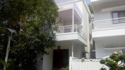Gallery Cover Image of 4000 Sq.ft 2 BHK Villa for buy in Bowenpally for 38000000