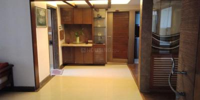 Gallery Cover Image of 1260 Sq.ft 3 BHK Apartment for buy in Andheri West for 42500000