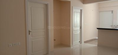 Gallery Cover Image of 800 Sq.ft 1 BHK Apartment for buy in Aakkulam for 4800000
