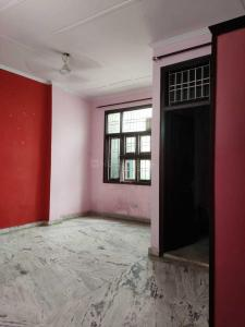 Gallery Cover Image of 900 Sq.ft 3 BHK Independent Floor for rent in Uttam Nagar for 13000