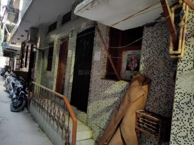Gallery Cover Image of 350 Sq.ft 1 BHK Independent House for buy in Sunlight Colony for 1800000