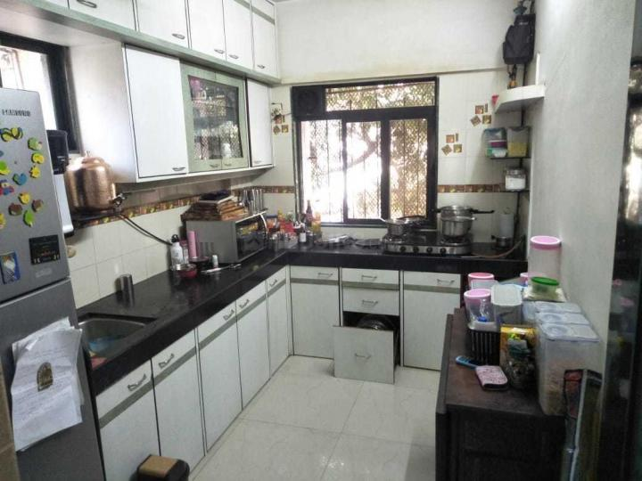 Kitchen Image of 980 Sq.ft 3 BHK Apartment for rent in Kurla West for 129000