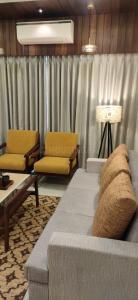 Gallery Cover Image of 1530 Sq.ft 3 BHK Apartment for buy in Gandhi Vraj Residency 3, Bopal for 5800000