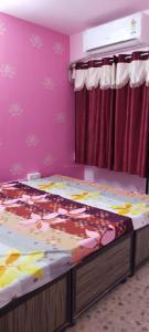 Bedroom Image of Sahjanand in Ellisbridge
