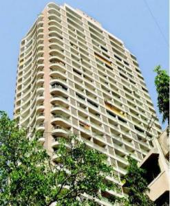 Gallery Cover Image of 1450 Sq.ft 3 BHK Apartment for buy in Dadar West for 45000000