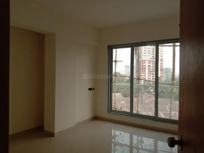 Gallery Cover Image of 1052 Sq.ft 2 BHK Apartment for buy in Thane West for 15000000
