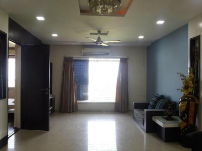 Gallery Cover Image of 1662 Sq.ft 3.5 BHK Apartment for buy in Lake View 3, Goregaon East for 16000000