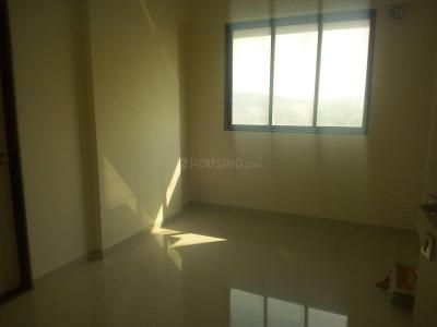 Gallery Cover Image of 675 Sq.ft 1 BHK Apartment for rent in Chandak Sparkling Wings, Dahisar East for 17500