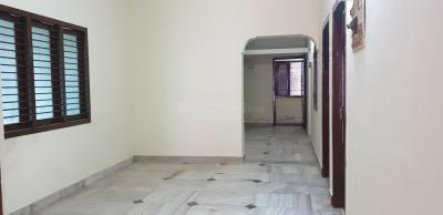 Gallery Cover Image of 600 Sq.ft 2 BHK Apartment for rent in Sithalapakkam for 7000