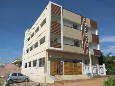 Gallery Cover Image of 500 Sq.ft 1 BHK Apartment for rent in Poluvapatti for 6000