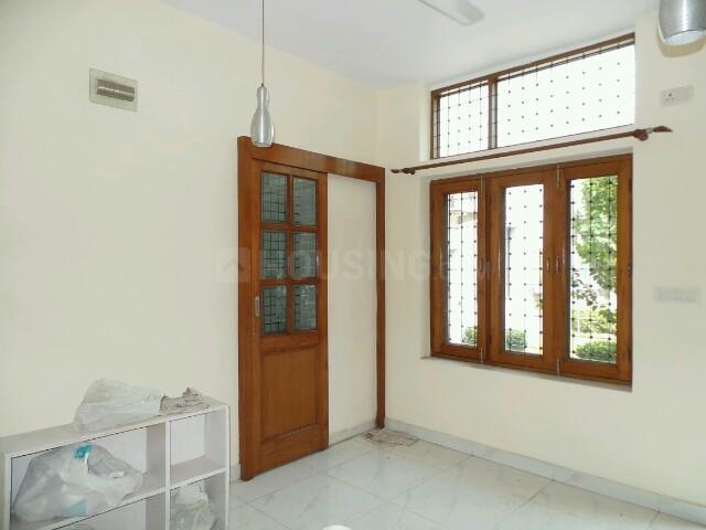 Bedroom Image of PG 4035281 Pul Prahlad Pur in Pul Prahlad Pur