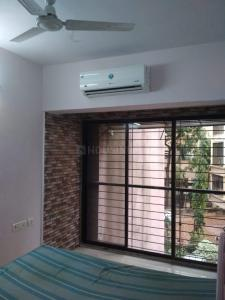 Gallery Cover Image of 630 Sq.ft 1 BHK Apartment for rent in RNA Tenant Tower, Santacruz East for 38000