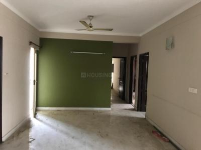 Gallery Cover Image of 2150 Sq.ft 3 BHK Apartment for rent in Chi IV Greater Noida for 20000