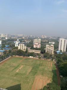 Gallery Cover Image of 1620 Sq.ft 3 BHK Apartment for rent in Kalpataru Sparkle, Bandra East for 170000