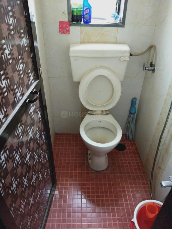 Common Bathroom Image of 660 Sq.ft 1 BHK Independent House for buy in Dombivli East for 4300000