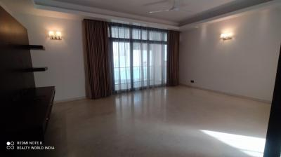 Gallery Cover Image of 5500 Sq.ft 4 BHK Independent Floor for buy in C V Raman Nagar for 51000000