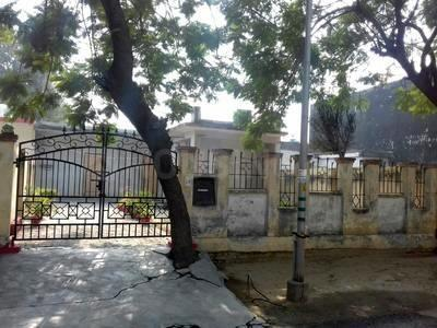 Building Image of 2152 Sq.ft 2 BHK Independent House for buy in Sector 31 for 8700000
