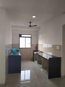 Gallery Cover Image of 1100 Sq.ft 3 BHK Apartment for rent in Malad East for 50000