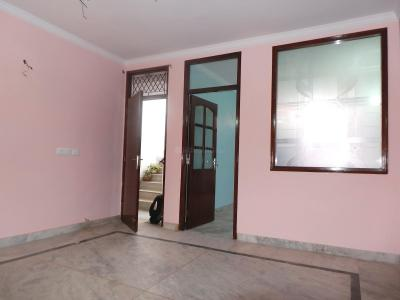 Gallery Cover Image of 750 Sq.ft 2 BHK Independent Floor for buy in Safdarjung Enclave for 7500000