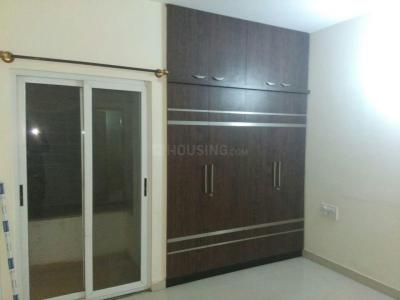 Gallery Cover Image of 1500 Sq.ft 2 BHK Apartment for rent in Sree Shore Icon (Icon Apartment Homes), Bellandur for 28000