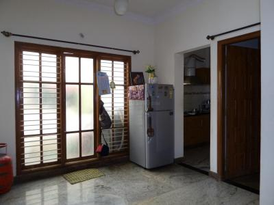 Gallery Cover Image of 975 Sq.ft 2 BHK Apartment for buy in J. P. Nagar for 6000000