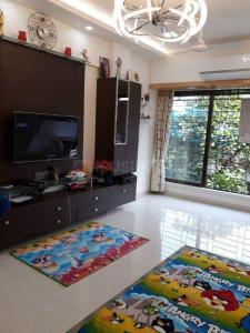 Gallery Cover Image of 1476 Sq.ft 2 BHK Apartment for buy in Wadala for 27100000