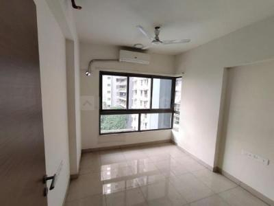 Gallery Cover Image of 900 Sq.ft 2 BHK Apartment for rent in Wadhwa The Address, Ghatkopar West for 45000