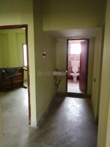 Gallery Cover Image of 750 Sq.ft 2 BHK Apartment for rent in bc 141 samarpally Road, Keshtopur for 11000