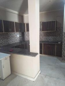 Gallery Cover Image of 1350 Sq.ft 2 BHK Apartment for rent in Sri Ram Apartment , Sector 4 Dwarka for 22000
