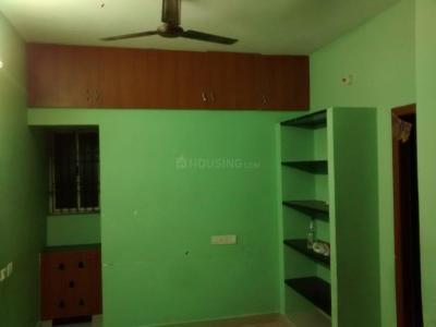 Gallery Cover Image of 960 Sq.ft 2 BHK Apartment for rent in Urapakkam for 9000