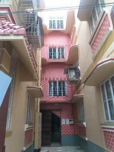Gallery Cover Image of 1200 Sq.ft 3 BHK Apartment for rent in Dhakuria for 15000