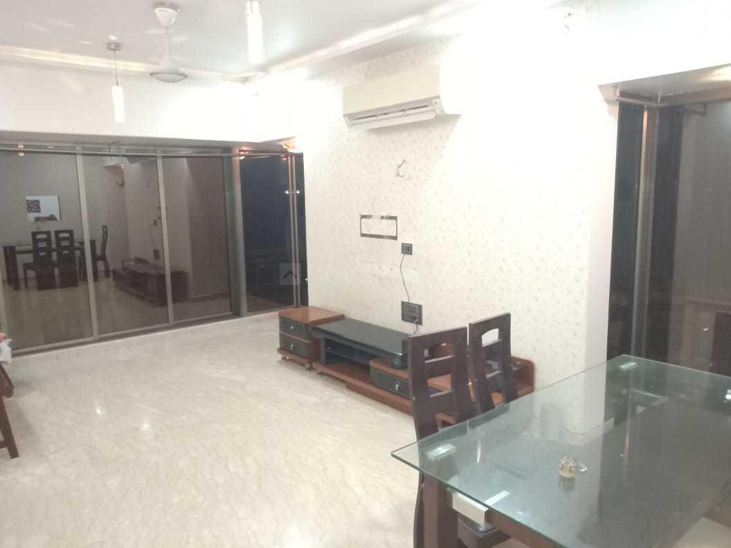 Living Room Image of 1000 Sq.ft 2 BHK Apartment for rent in Santacruz West for 85000