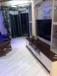 Gallery Cover Image of 814 Sq.ft 2 BHK Apartment for rent in Bhandup West for 32000