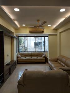 Gallery Cover Image of 1150 Sq.ft 2 BHK Apartment for rent in Deep Laxmi Apartnent, Prabhadevi for 75000