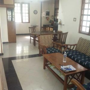Gallery Cover Image of 900 Sq.ft 1 BHK Apartment for rent in Dombivli West for 17000