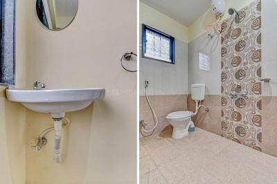 Bathroom Image of Oyo Life Pun776 Kharadi in Wadgaon Sheri