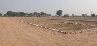 Gallery Cover Image of  Sq.ft Residential Plot for buy in Mayur Vihar Phase 1 for 750000