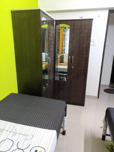 Bedroom Image of Paying Guest Accomadation in Powai