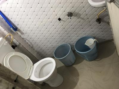 Common Bathroom Image of Boys PG in Andheri West