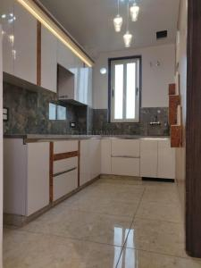 Gallery Cover Image of 1400 Sq.ft 3 BHK Apartment for buy in Prithvi East Avenue Grand, Sector 49 for 5100000