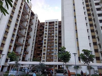 Gallery Cover Image of 1050 Sq.ft 2 BHK Apartment for buy in Hadapsar for 5500000