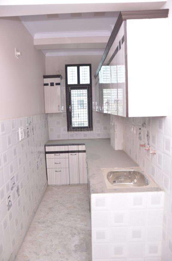 Kitchen Image of 450 Sq.ft 1 BHK Independent Floor for buy in Mansa Ram Park for 1800000