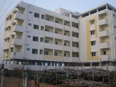 Gallery Cover Image of 1008 Sq.ft 2 BHK Apartment for buy in Adavathur West for 3600000