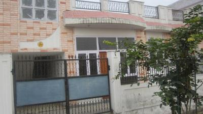 Gallery Cover Image of 2690 Sq.ft 2 BHK Independent House for buy in Omicron II Greater Noida for 8550000