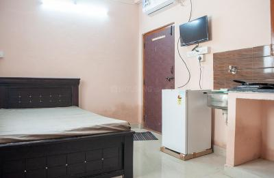 Gallery Cover Image of 300 Sq.ft Studio Apartment for rent in Kondapur for 10770