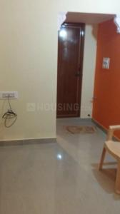 Gallery Cover Image of 600 Sq.ft 1 BHK Apartment for rent in Vee Ess Building, Koramangala for 10500