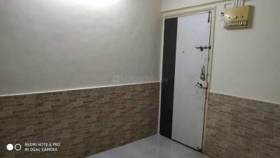 Gallery Cover Image of 450 Sq.ft 1 BHK Apartment for rent in Borivali East for 20000