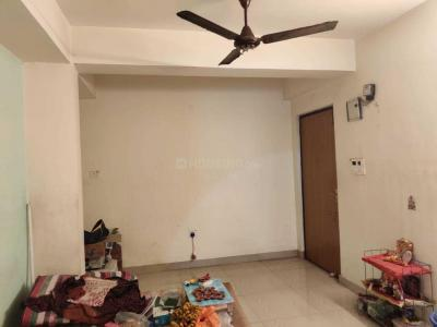Gallery Cover Image of 778 Sq.ft 2 BHK Apartment for rent in Kaikhali for 11000